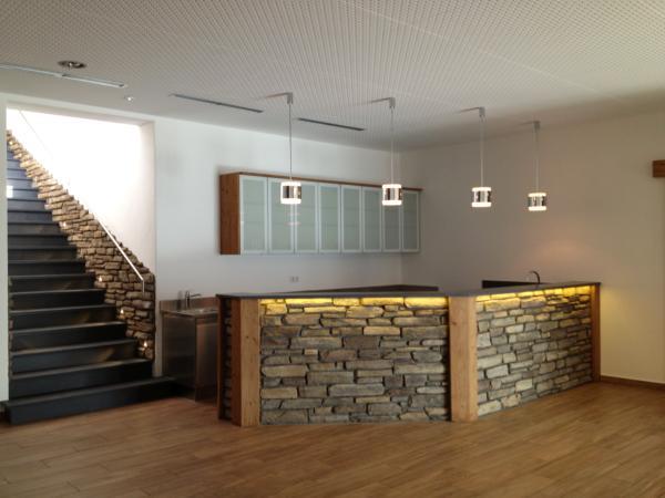 renovierungen mit pfiff unsere dienstleistungen rund ums haus. Black Bedroom Furniture Sets. Home Design Ideas